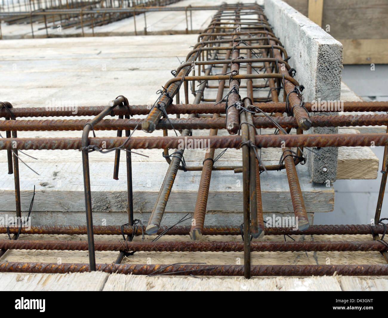 Steel Concrete Slab : Closeup shot of steel bar reinforcement used for