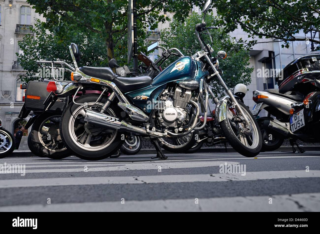 """View of motorbikes, in the middle a bike of the type """"Daelim"""", during a ride to remember in Berlin, Germany, 9 October Stock Photo"""