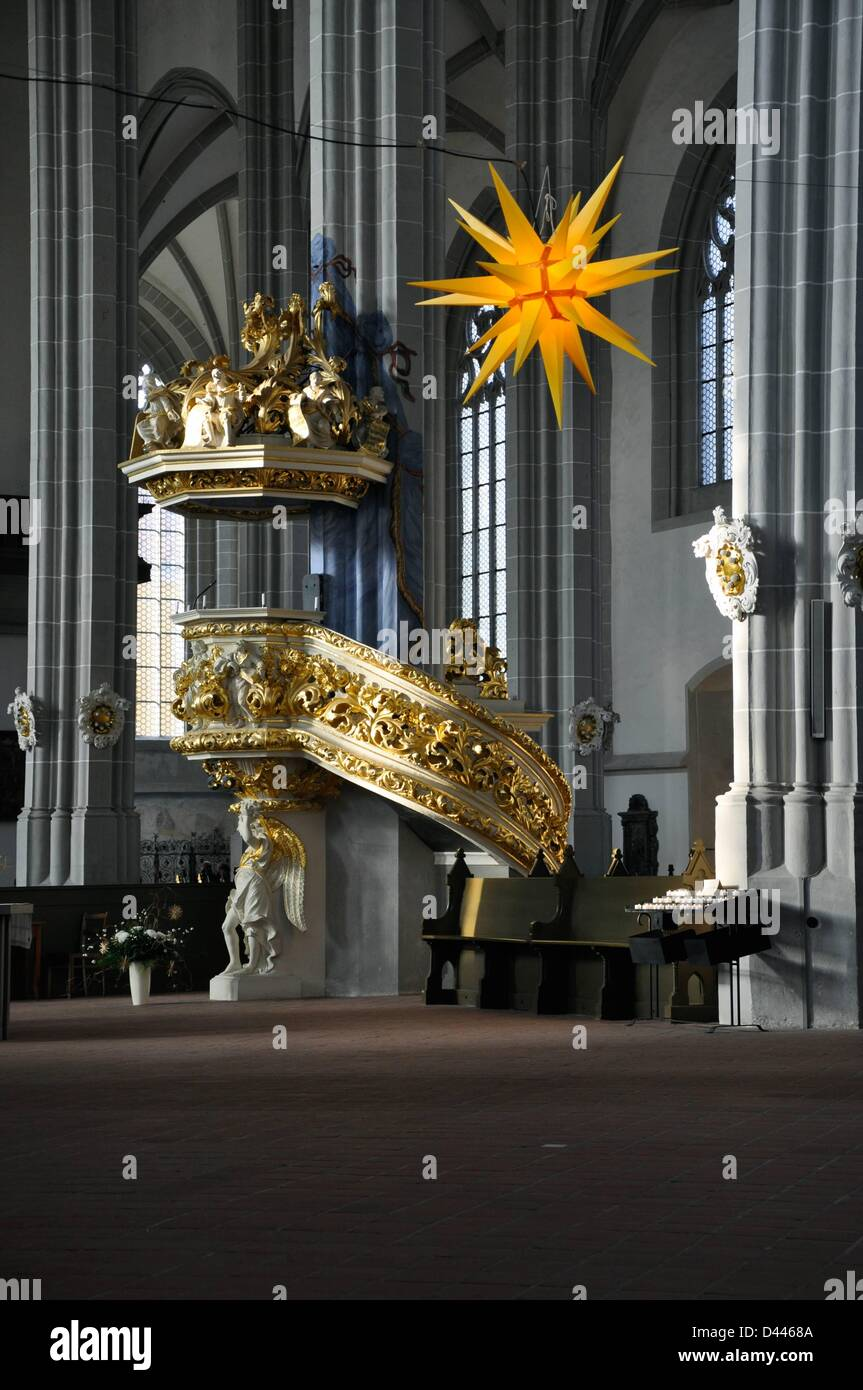 A Herrnhut Advent star is pictured at St. Peter and Paul Church in Görlitz, Germany, 3 December 2011. Photo: - Stock Image