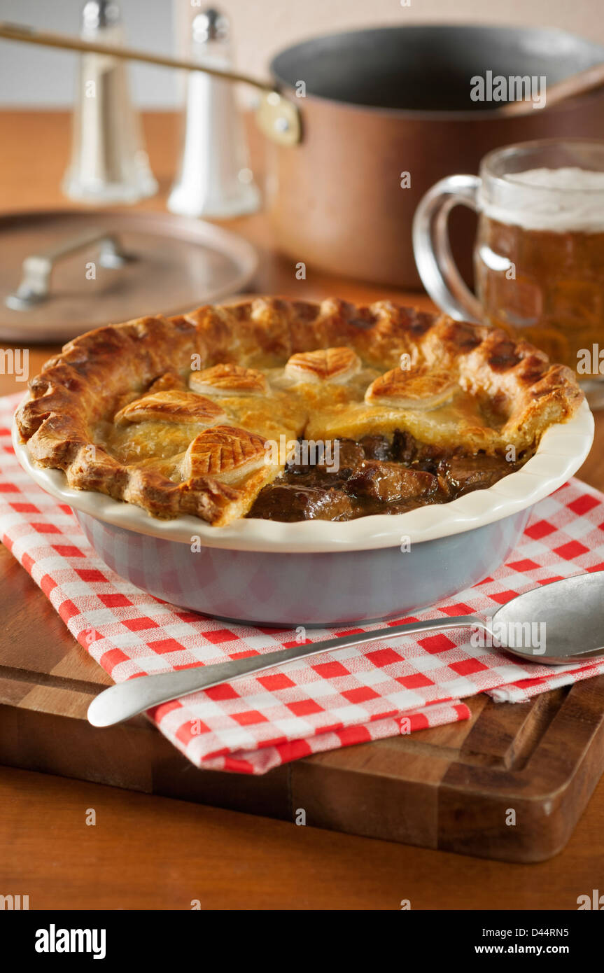 Steak and ale pie - Stock Image