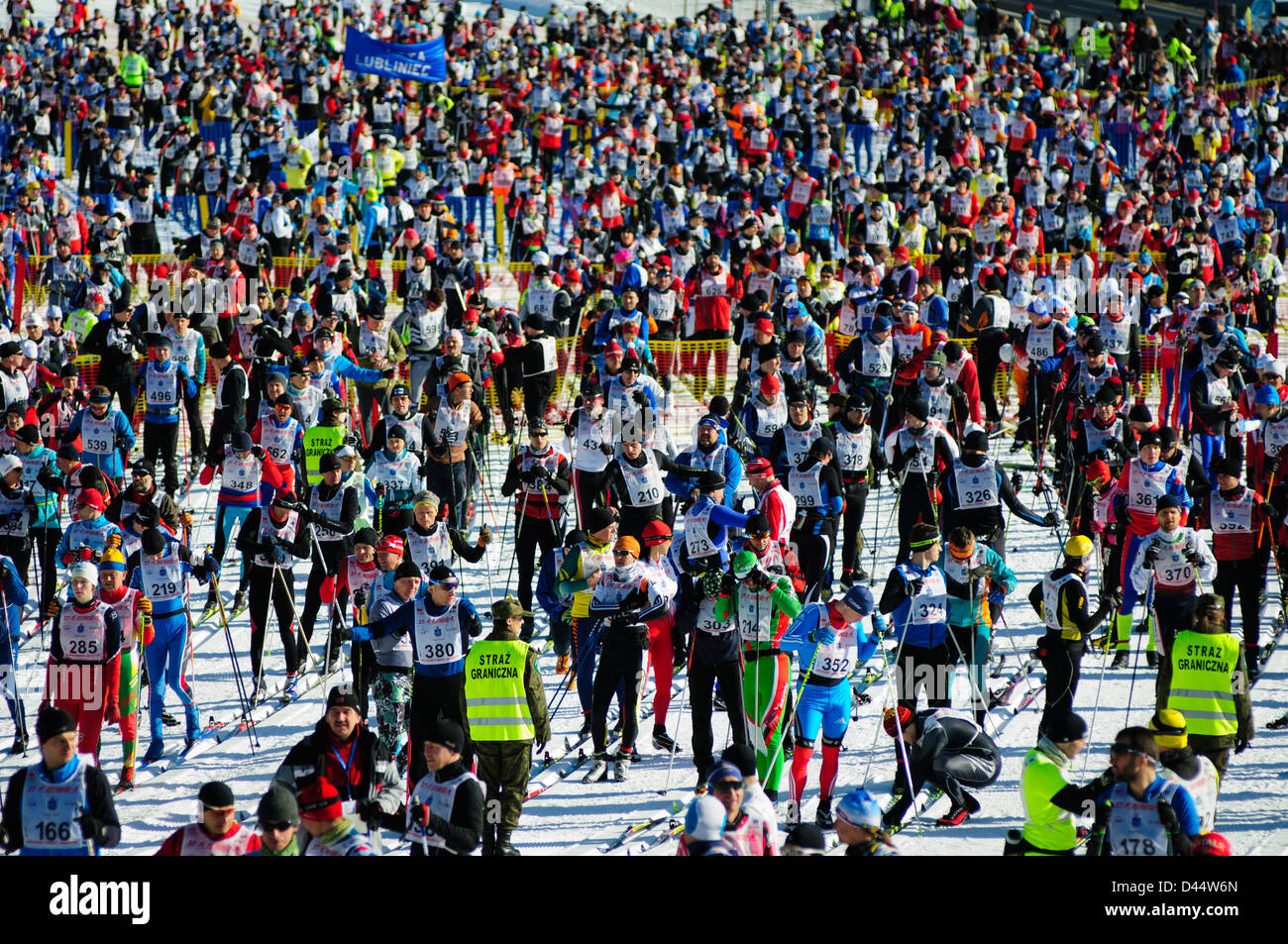 Participants moments before the start of the Bieg Piastow cross-country race, Jakuszyce, Poland. - Stock Image