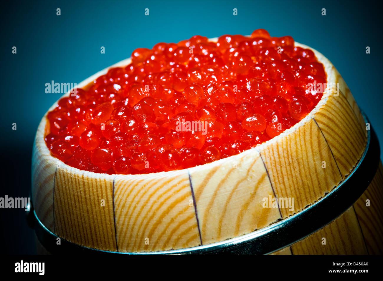 Russian red caviar in small barrel - Stock Image