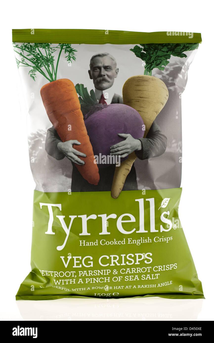 Large bag 150 gram of Tyrrells hand cooked English Veg Crisps - Stock Image 7b9a292ba