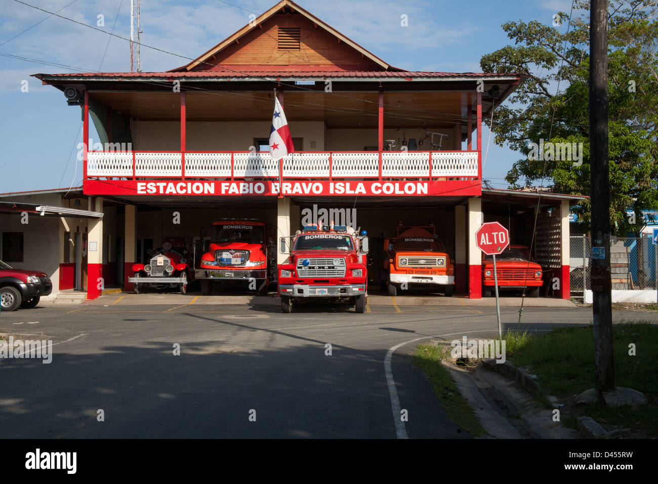 Fire station with fire trucks in Bocas del Toro Town. - Stock Image