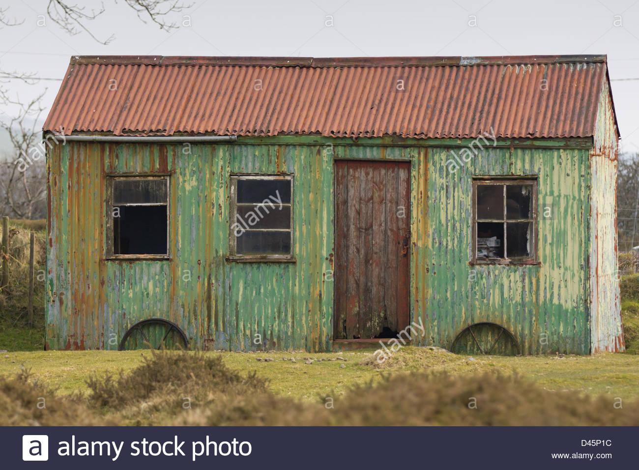 Corrugated Iron Shed Stock Photos Amp Corrugated Iron Shed