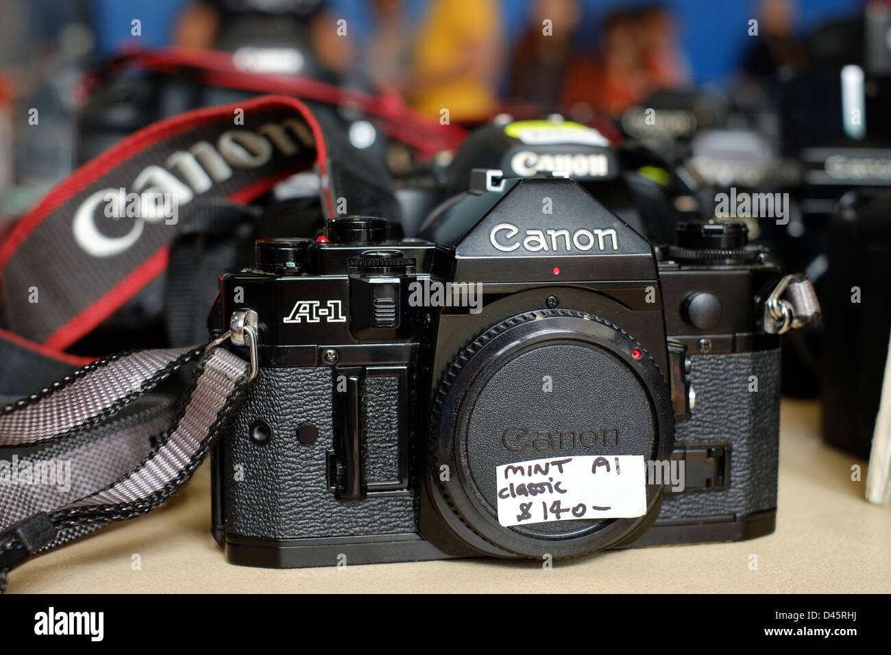 Vintage cameras for sale at a local Camera Market, Sydney. - Stock Image