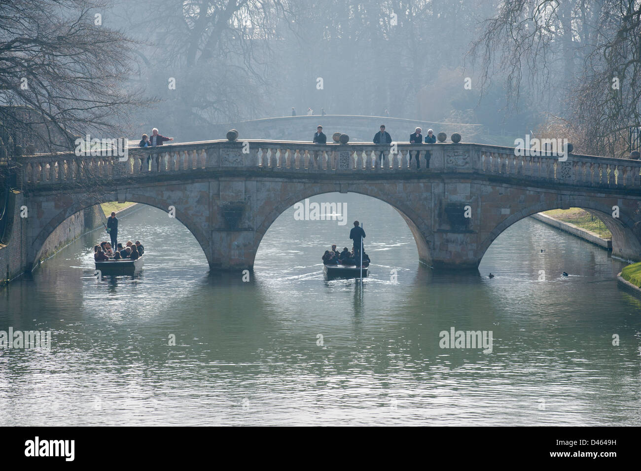 Early morning on the River Cam, Cambridge, as the sun burns off the morning mist. 5-3-2013 Early morning punters - Stock Image