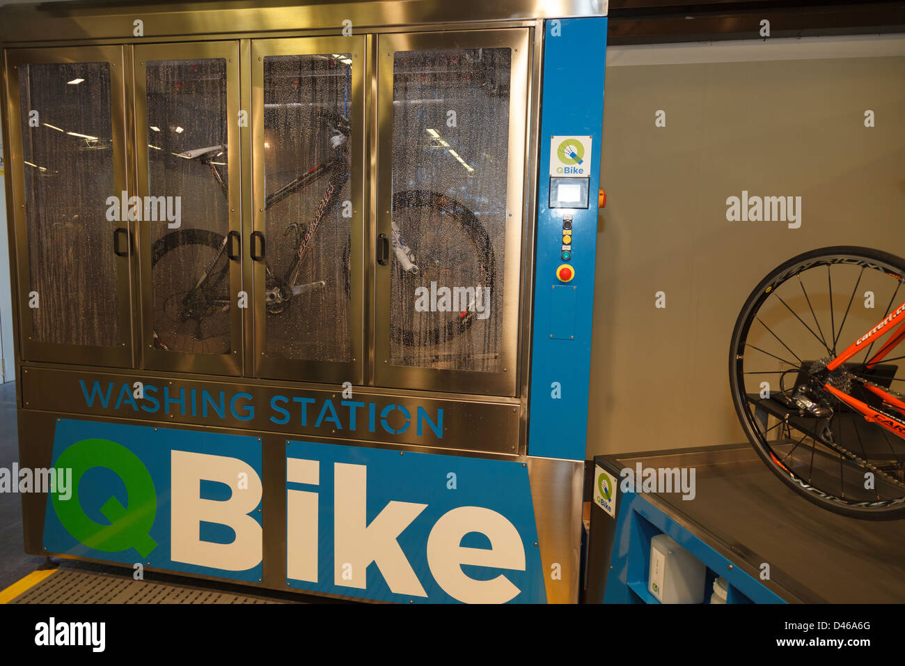 Bike washing station at Florence bike festival 2013 - Stock Image
