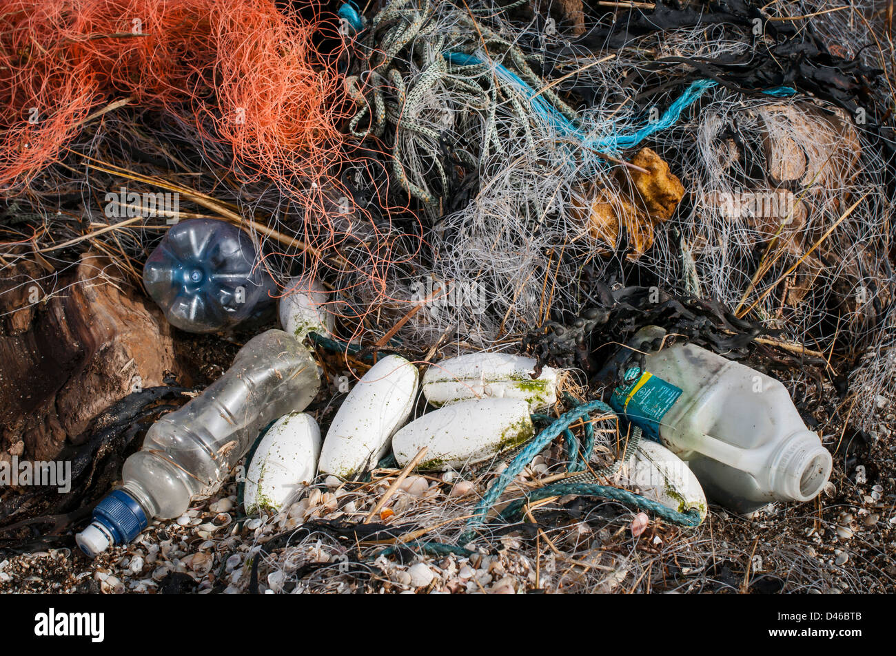 Rubbish and debris washed up by the tide, Stert, Somerset, UK - Stock Image