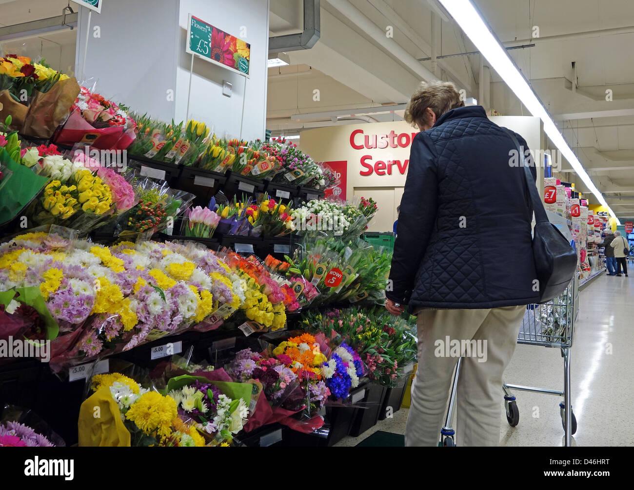 Supermarket Flowers Stock Photos & Supermarket Flowers Stock Images ...