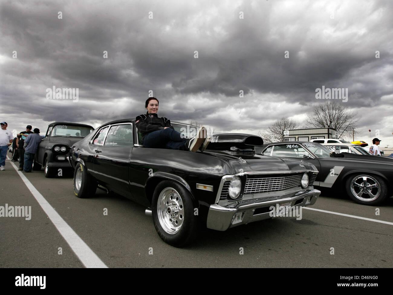 March 6, 2013 - Bakersfield, CA, USA - Felix Adamo / The Californian.No worries. Despite threatening skies and tough - Stock Image