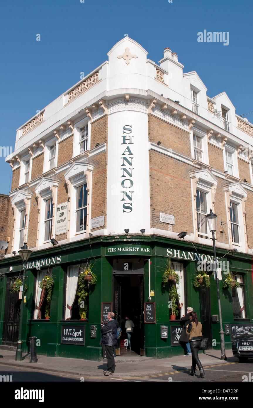 Shanons pub, Portobello Road, Notting Hill, London, W11, UK - Stock Image