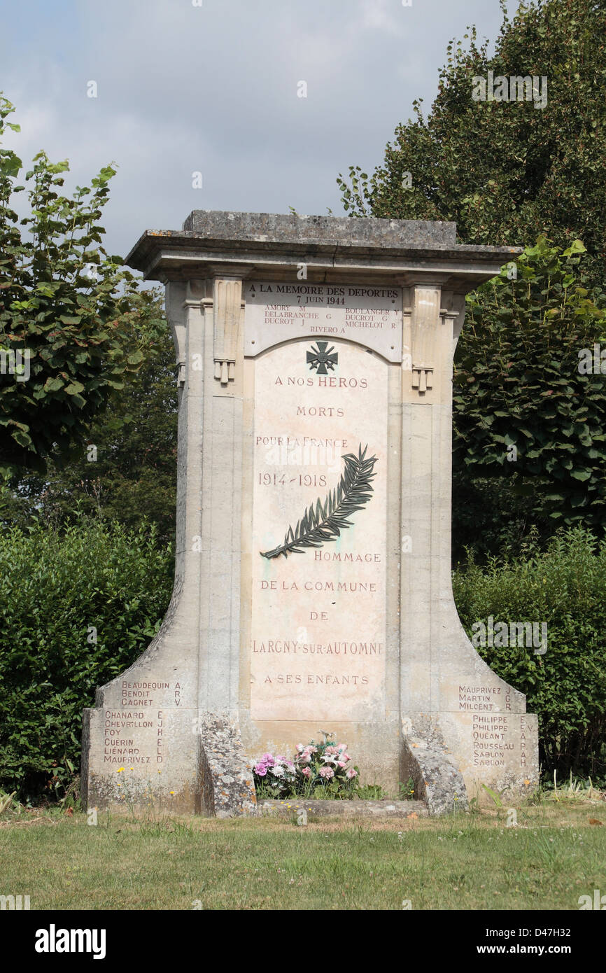 The Mémorial Largny sur Automne (war memorial) in Aisne, Picardy, northern France. - Stock Image
