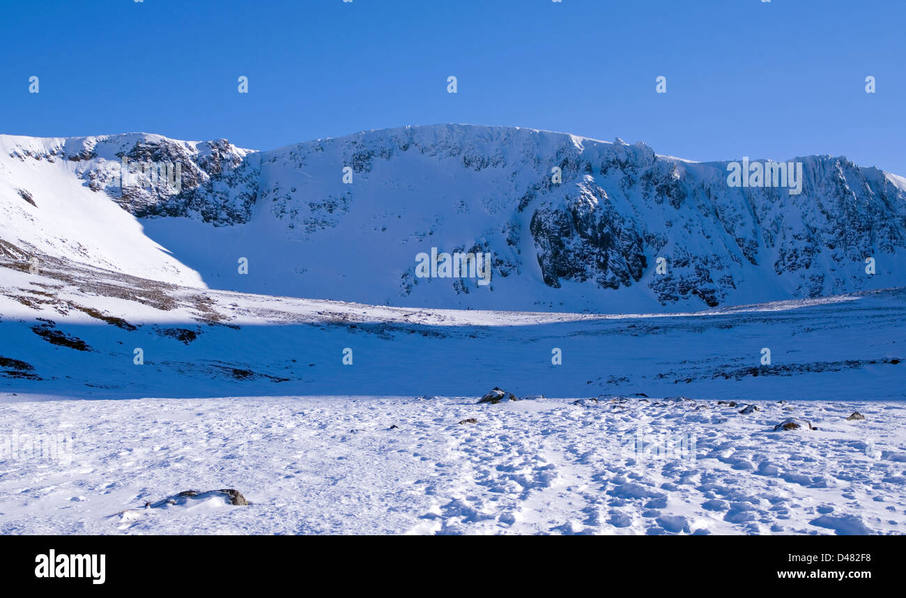 Coire an t-Sneachda in snow, the Northern Corries, Cairngorms National Park, Scottish Highlands, winter, Scotland - Stock Image