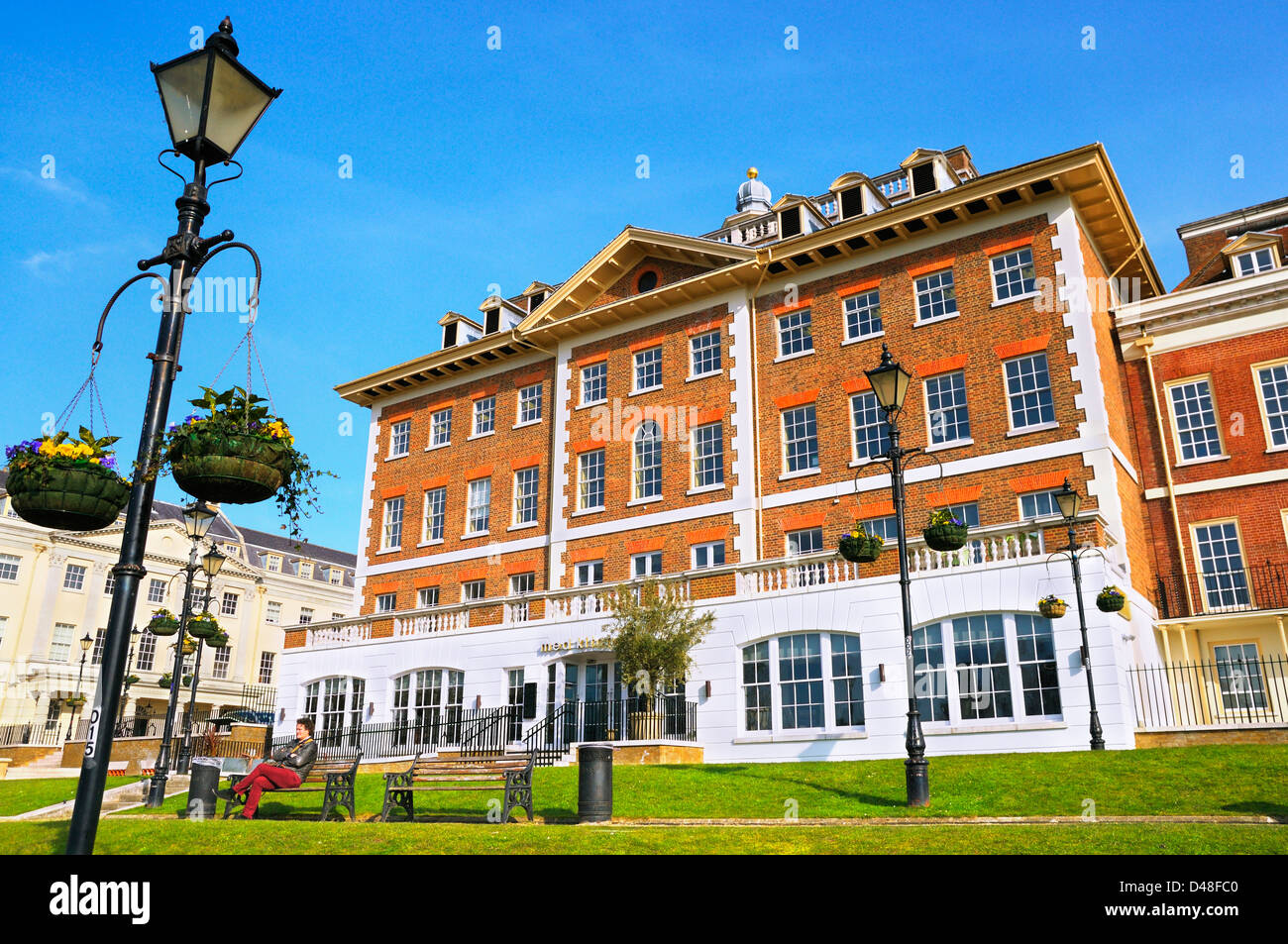 Med Kitchen, Heron Square, Richmond upon Thames, Greater London, England, UK - Stock Image