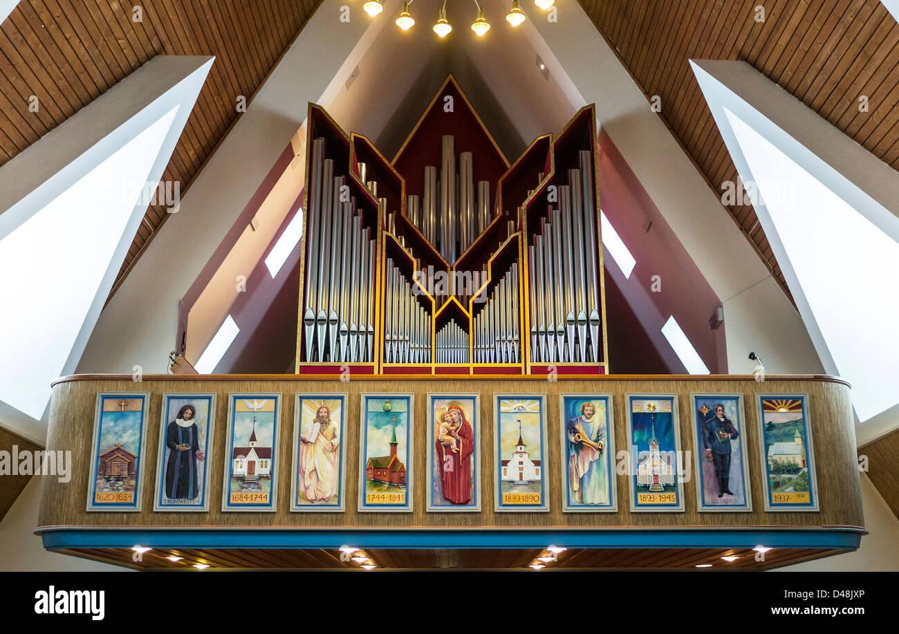 Organ by JH Jorgensen at Lutheran church at Hammerfest, the frieze below by Eva and Knut Arnesen - Stock Image