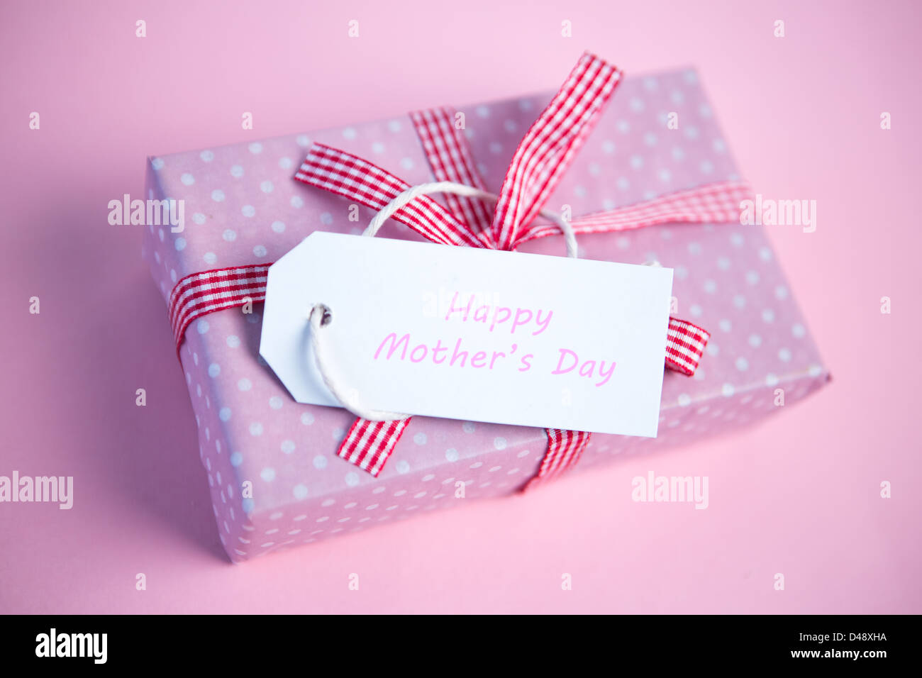 Happy Mothers Day Gift Tag Stock Photos & Happy Mothers Day Gift Tag ...