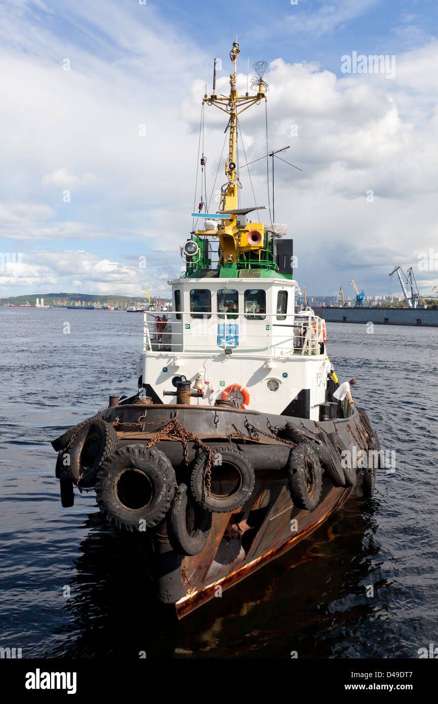 Towboat in the Russian port of Murmansk - Stock Image