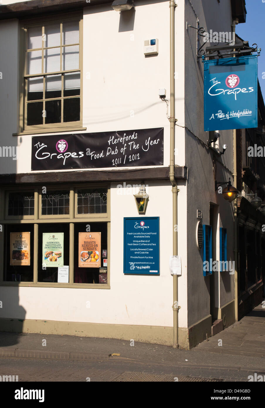 Hereford, The Grapes Pub - Stock Image