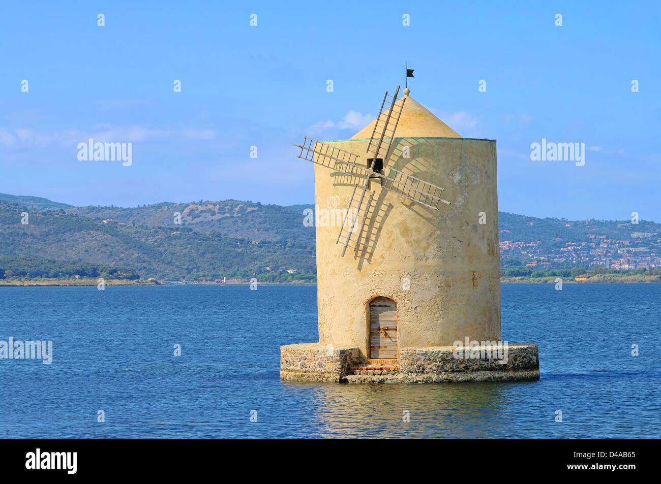 Orbetello Windmuehle - Orbetello windmill 05 - Stock Image