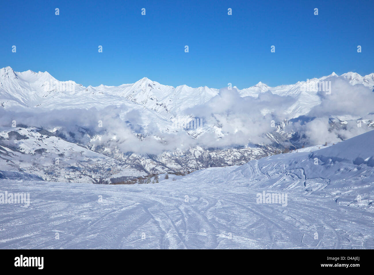 La Foret blue piste early morning, Les Arcs, Savoie, France, Europe - Stock Image