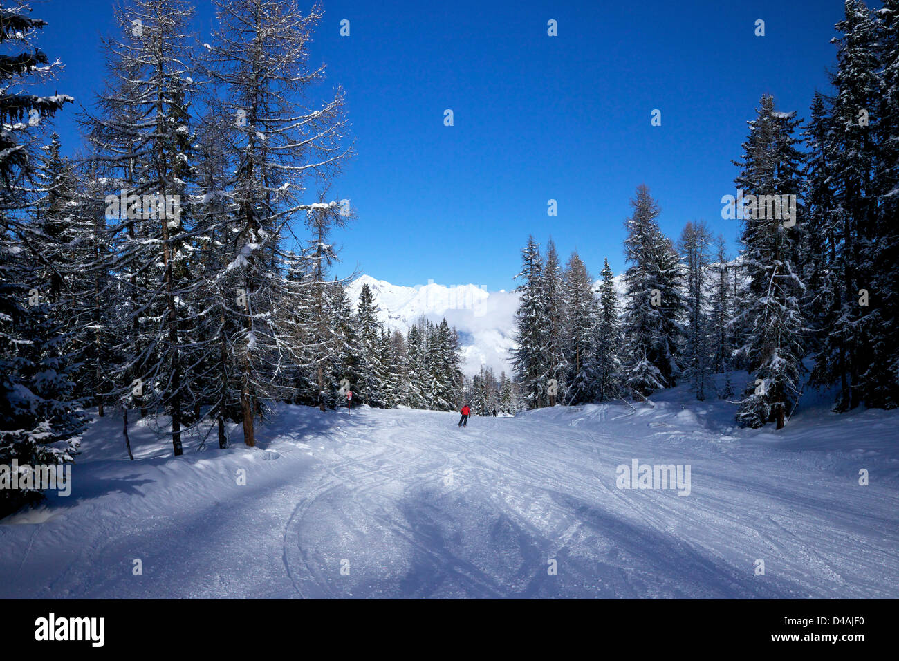 Early morning on the piste, Les Arcs, Savoie, France, Europe - Stock Image