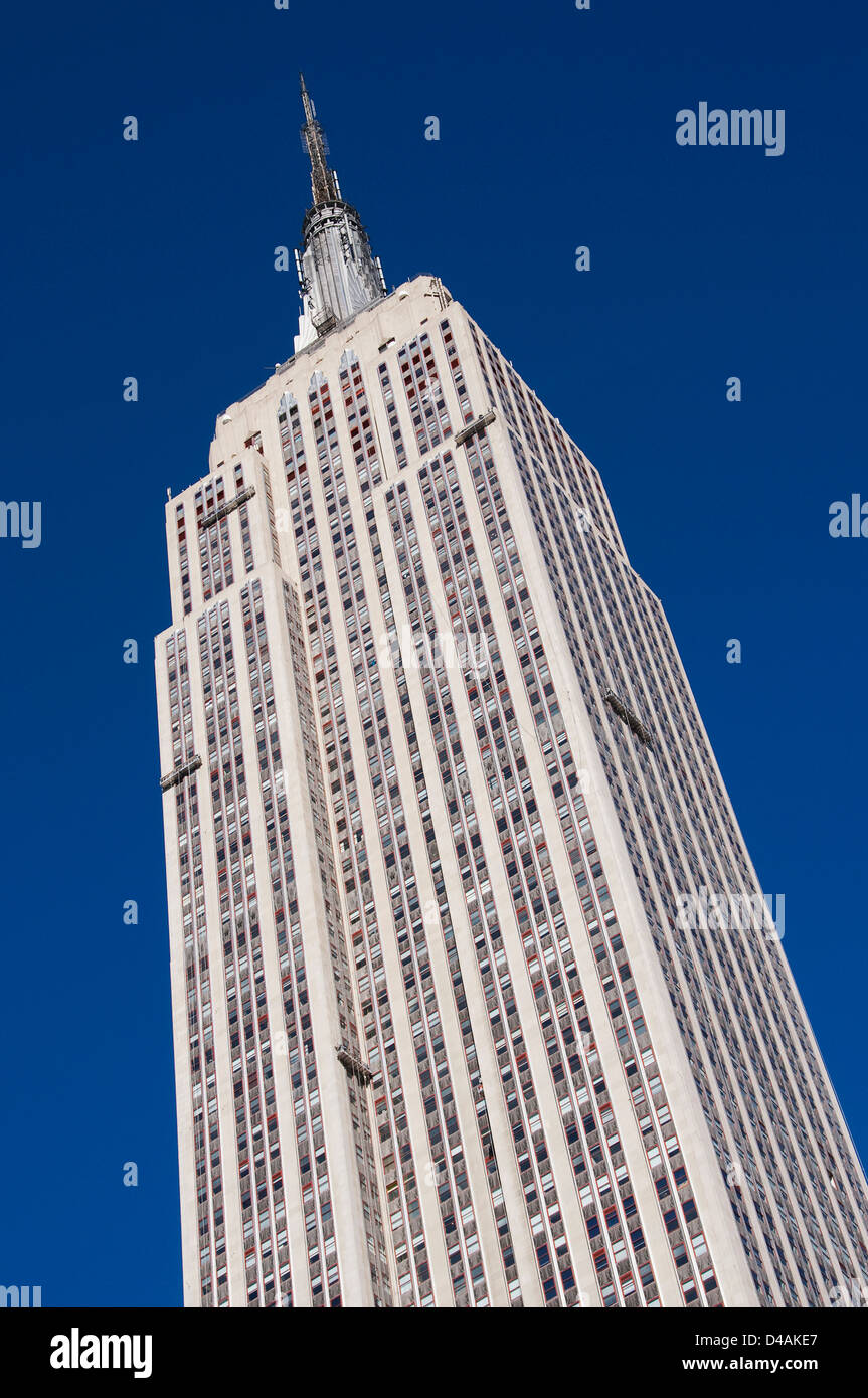 Window washers cleaning the empire state building. - Stock Image