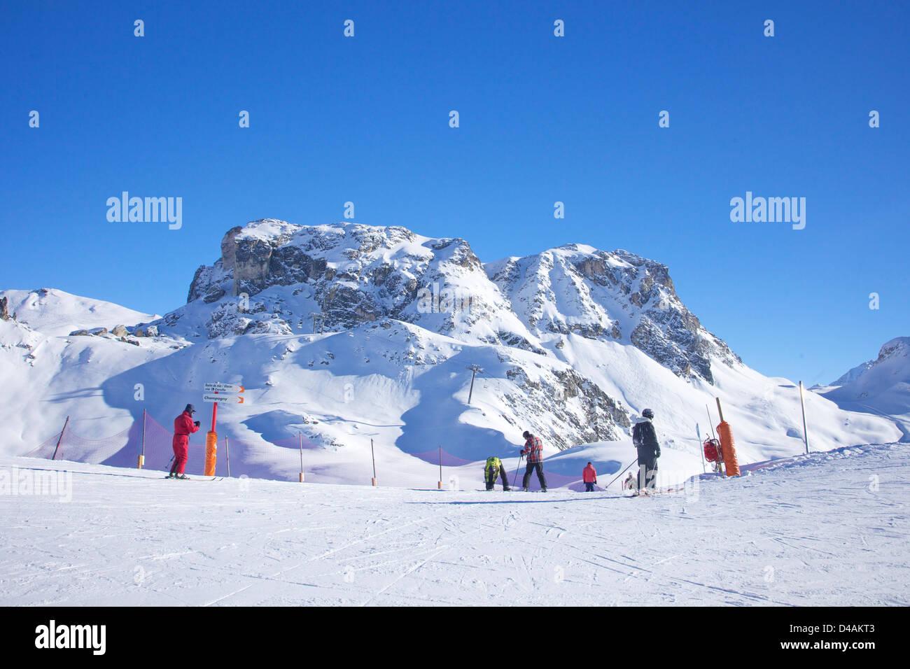 Levasset blue piste, top of La Rossa, winter sun, La Plagne, France, Europe - Stock Image