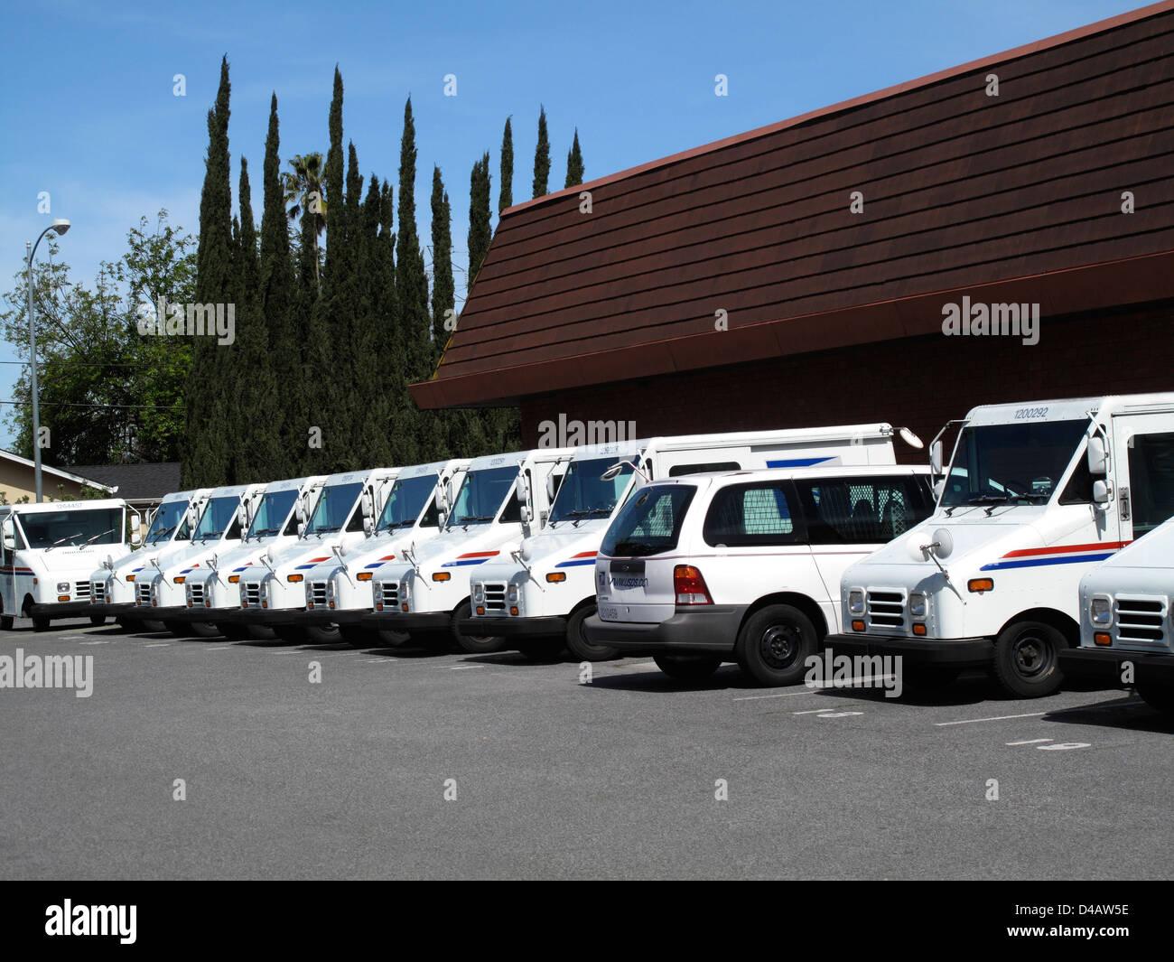 US Postal Service postal vehicles parked at Cambrian Post Office, San Jose California - Stock Image