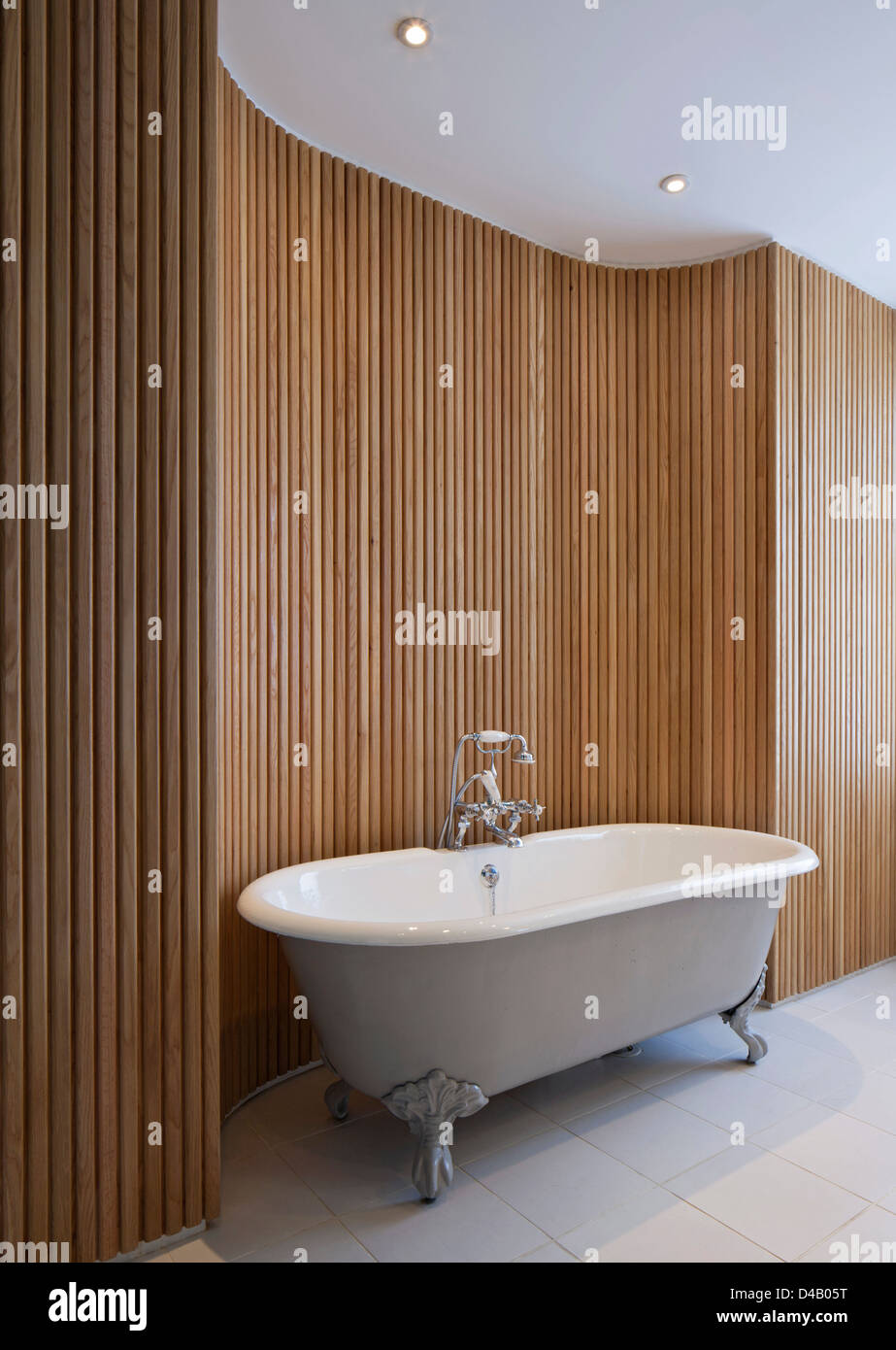 Bathroom Renovation Bathtub Old Fashioned Stock Photos & Bathroom ...
