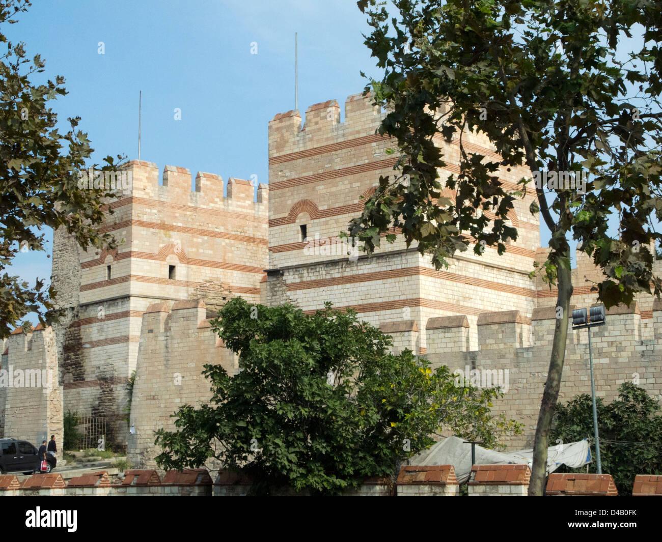 Türkei, Istanbul, Theodosianische Mauer, Stadtmauer beim Silivrikapi - Stock Image