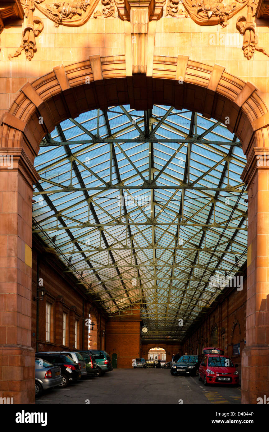 Glass roof over the entrance and short stay car parking at Nottingham Railway Station prior to modernisation in - Stock Image