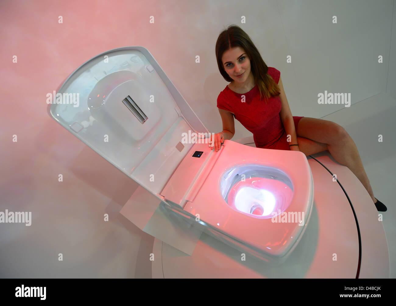 Toto Washlet Stock Photos & Toto Washlet Stock Images - Alamy