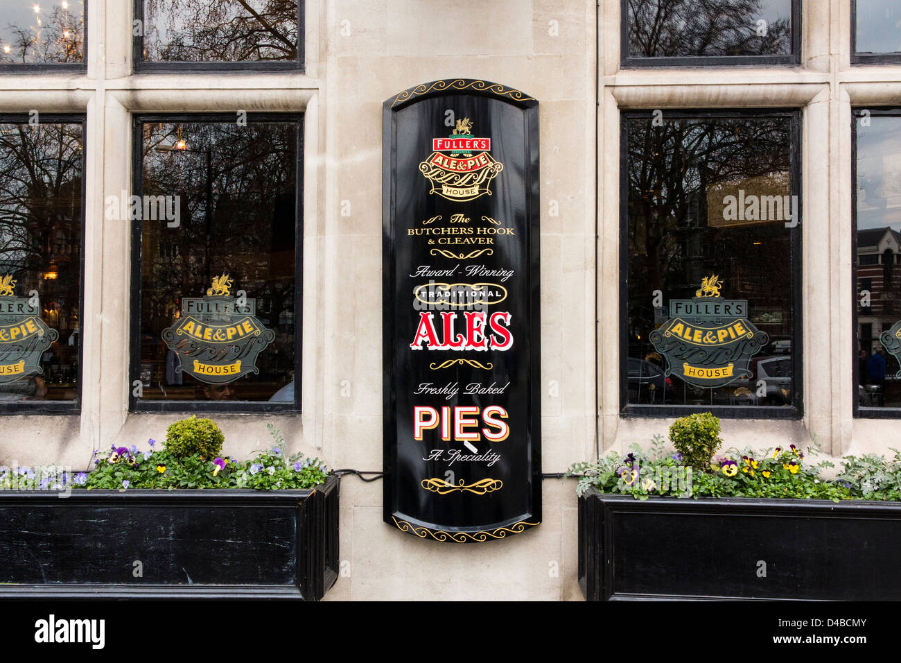 The Butchers Hook and Cleaver traditional London Ale and Pie pub in London, England - Stock Image