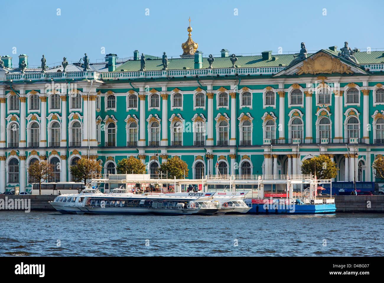 St. Petersburg, Hermitage Museum and Neva River - Stock Image