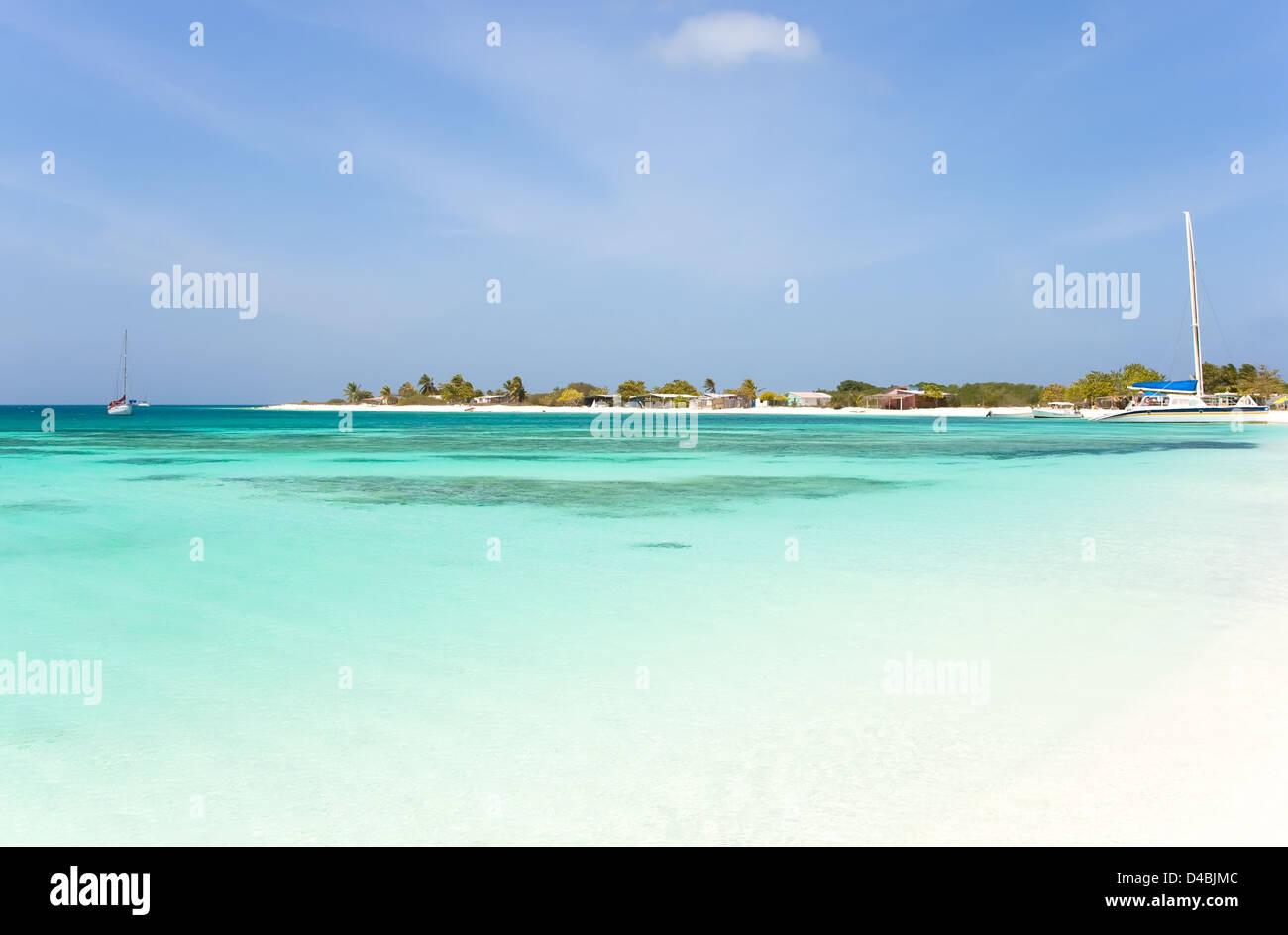 Tropical beach at archipelago Los Roques, Venezuela - Stock Image