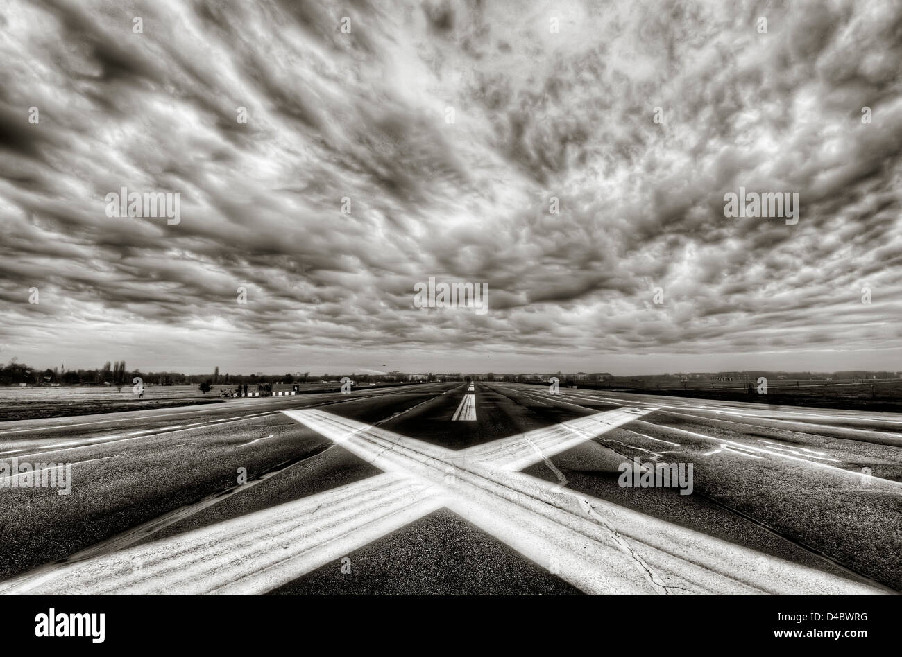 The runway on the disused Tempelhof airport in Berlin - Stock Image