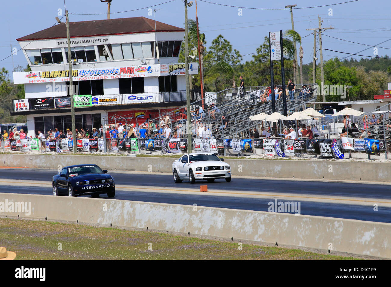 Bradenton Drag Strip >> Drag Racing At Bradenton Raceway In Florida Usa Stock Photo