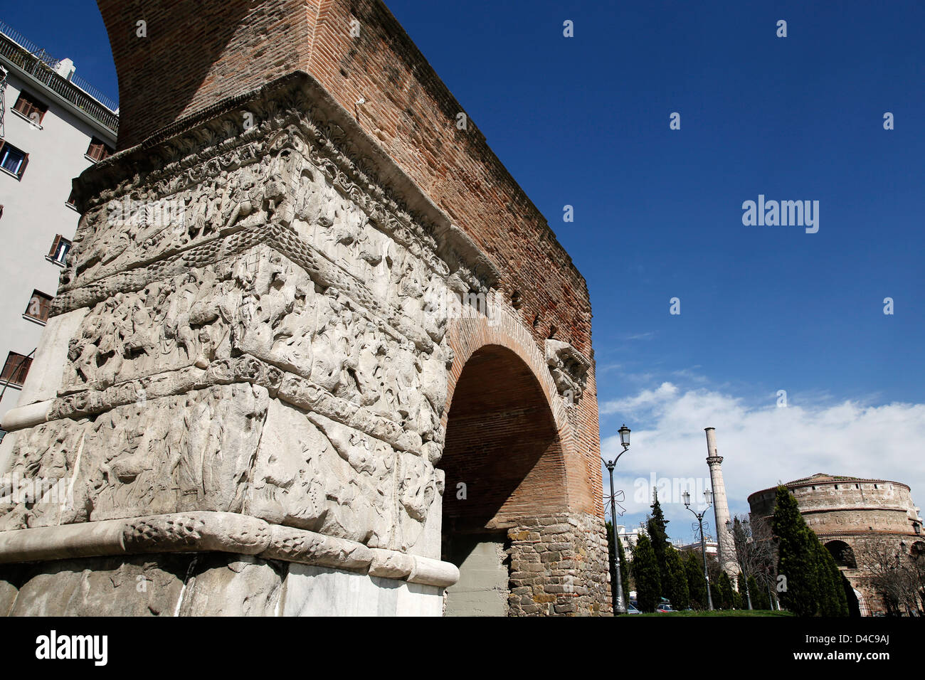 The Arch of Galerius (or Kamara) and the Rotunda are neighboring early 4th-century monuments in the city of Thessaloniki, - Stock Image