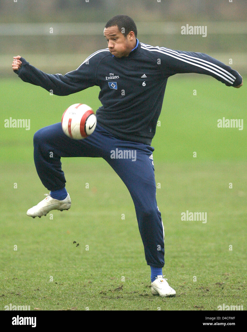 Bundesliga club SV Hamburg's new entry Vadis Odjidja-Ofoe from Belgium plays the ball during a public training - Stock Image