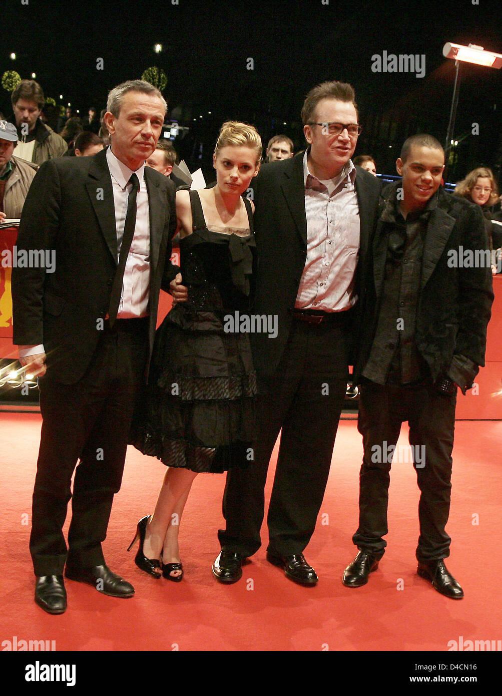 British Director Damian Harris L R Us Actress Gillian Jacobs And Stock Photo Alamy