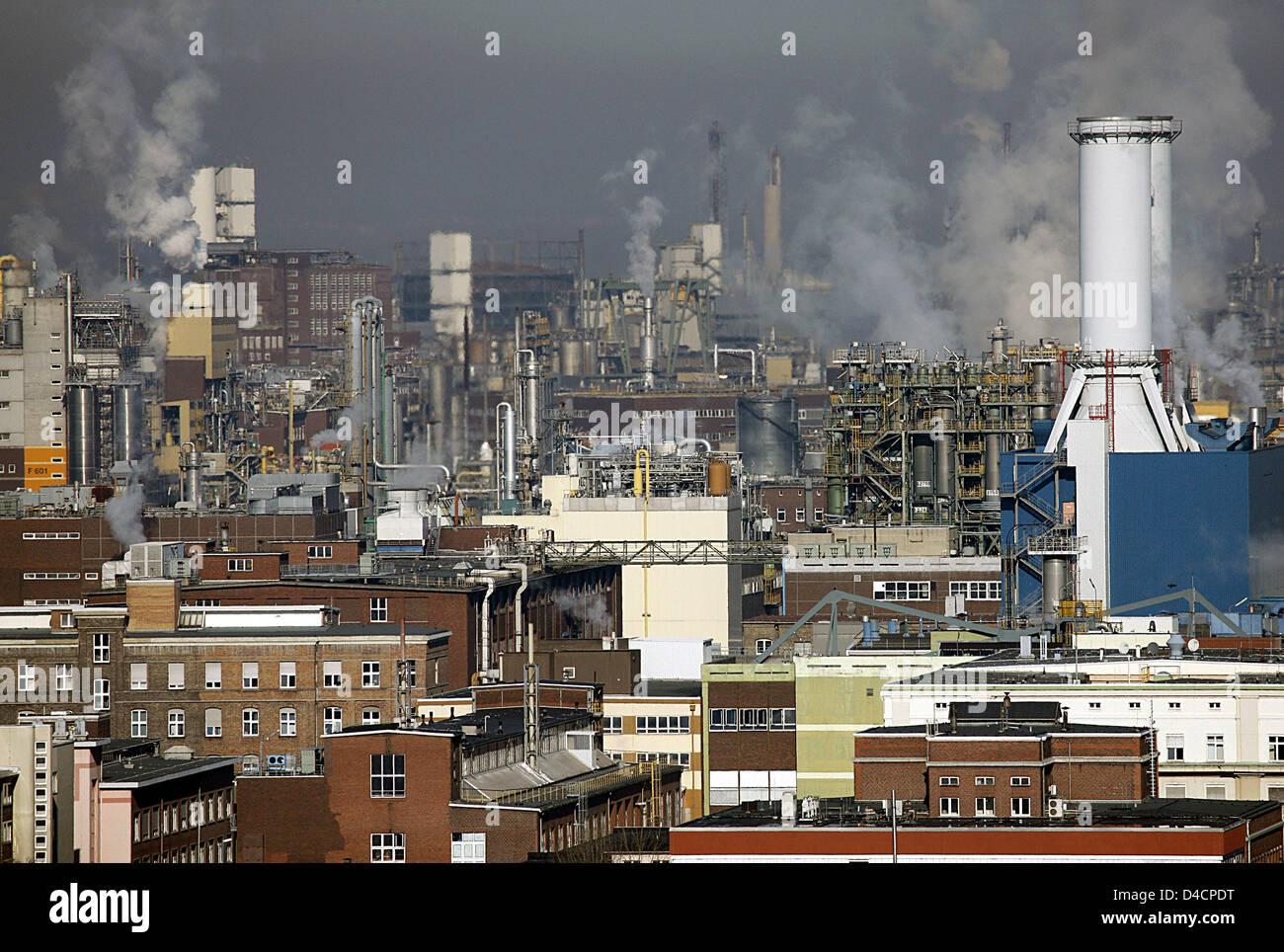 Ludwigshafen Plant Basf Stock Photos & Ludwigshafen Plant ...