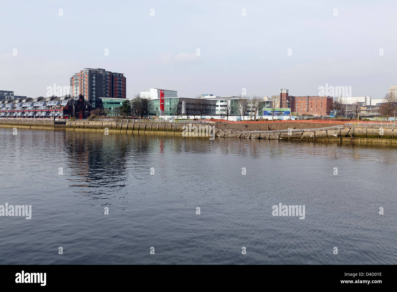 Collapsed River Clyde walkway at Anderston Quay showing it's proximity to the flats on Lancefield Quay, Glasgow, - Stock Image