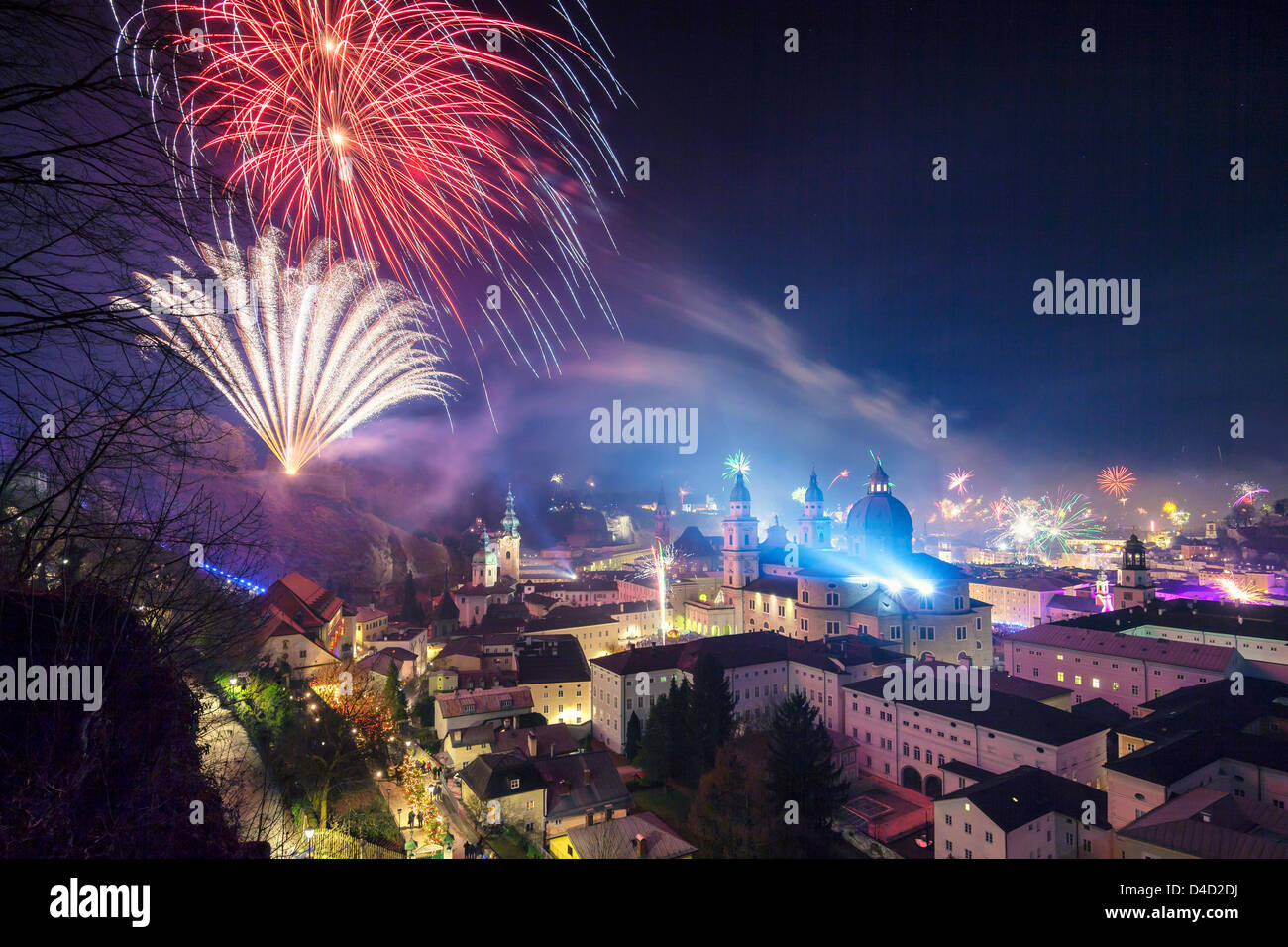 New Year's Eve fireworks above the old town of Salzburg, Austria - Stock Image