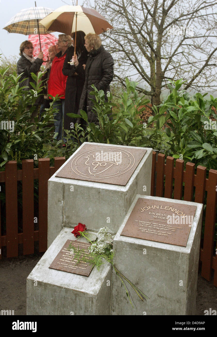 The Photo Shows The John Lennon Memorial After Its Unveiling In Stock Photo Alamy