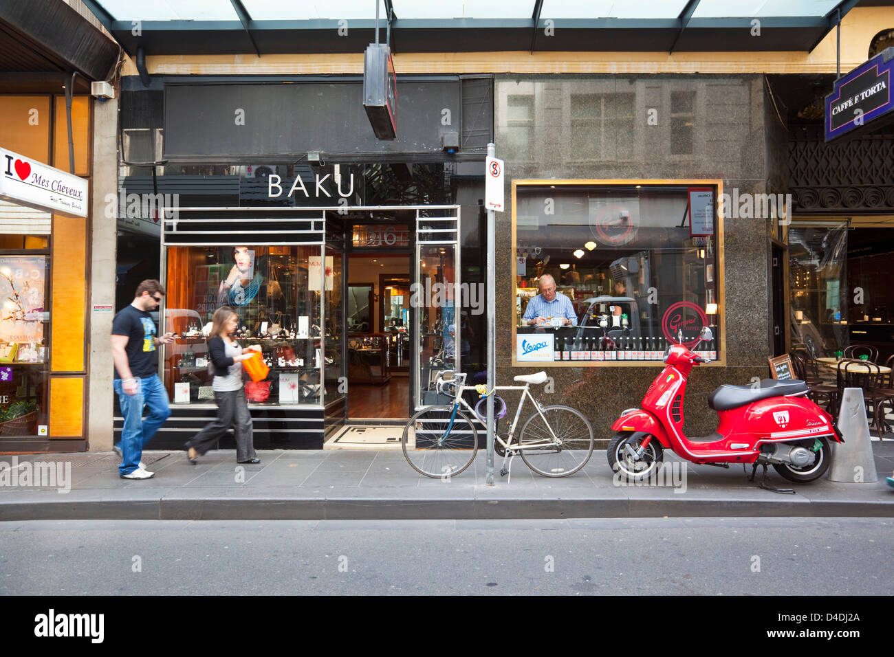 Cafes and shops on Little Collins Street. Melbourne, Victoria, Australia - Stock Image