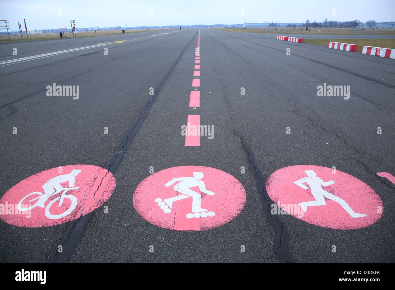 Former Tempelhof Airport, Berlin, Germany,  former runway, today converted to a public park - Stock Image