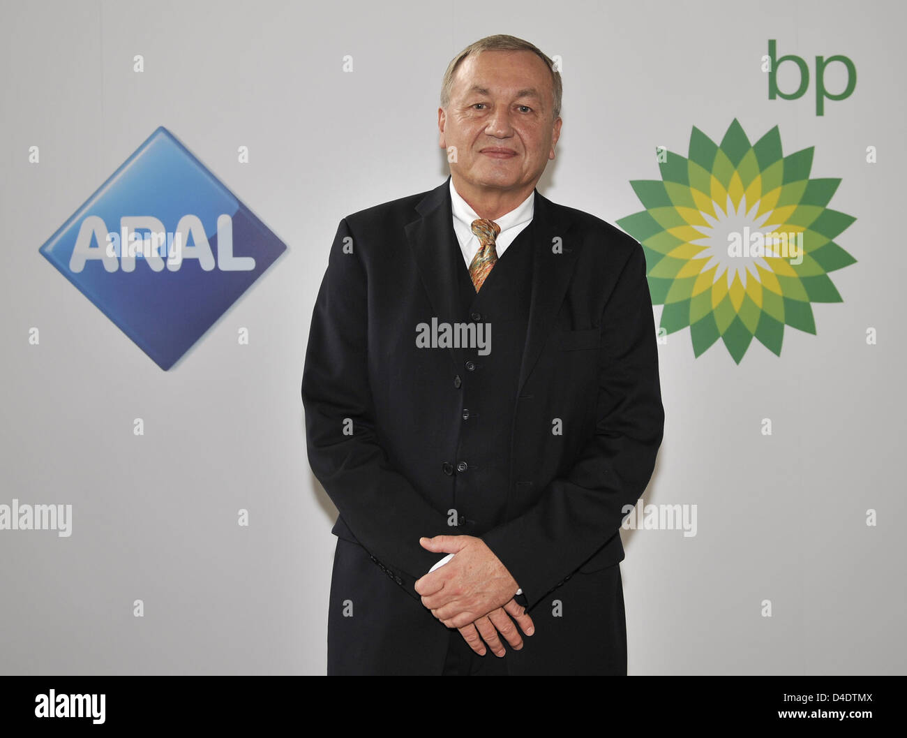 CEO of German BP, Uwe Franke, is pictured with the BP and Aral logos during the annual press conference in Duesseldorf, - Stock Image