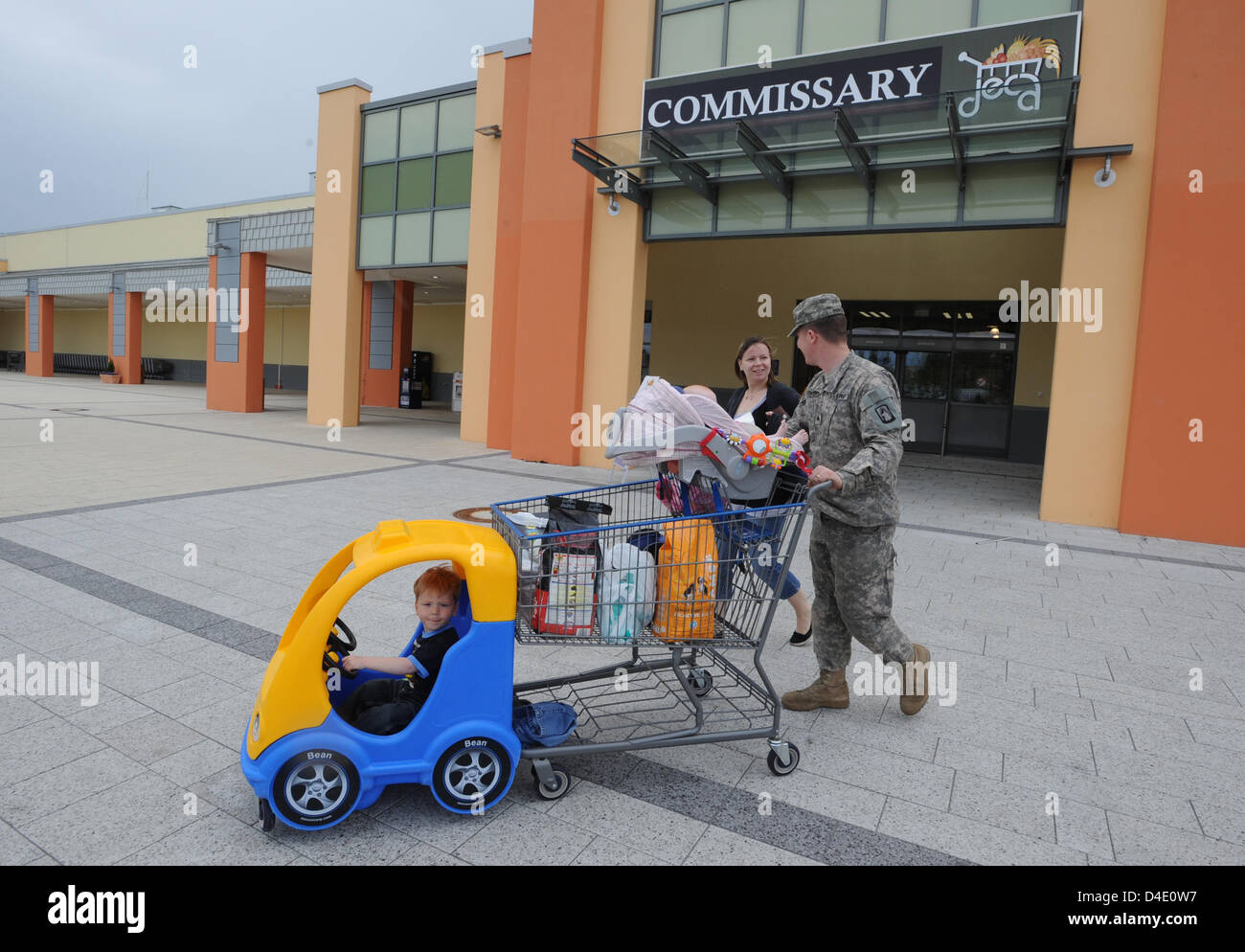 G.I.s shopped the PX of US Army training area Grafenwoehr, Germany, 06 May 2008. Some years ago, the U.S. Administration - Stock Image