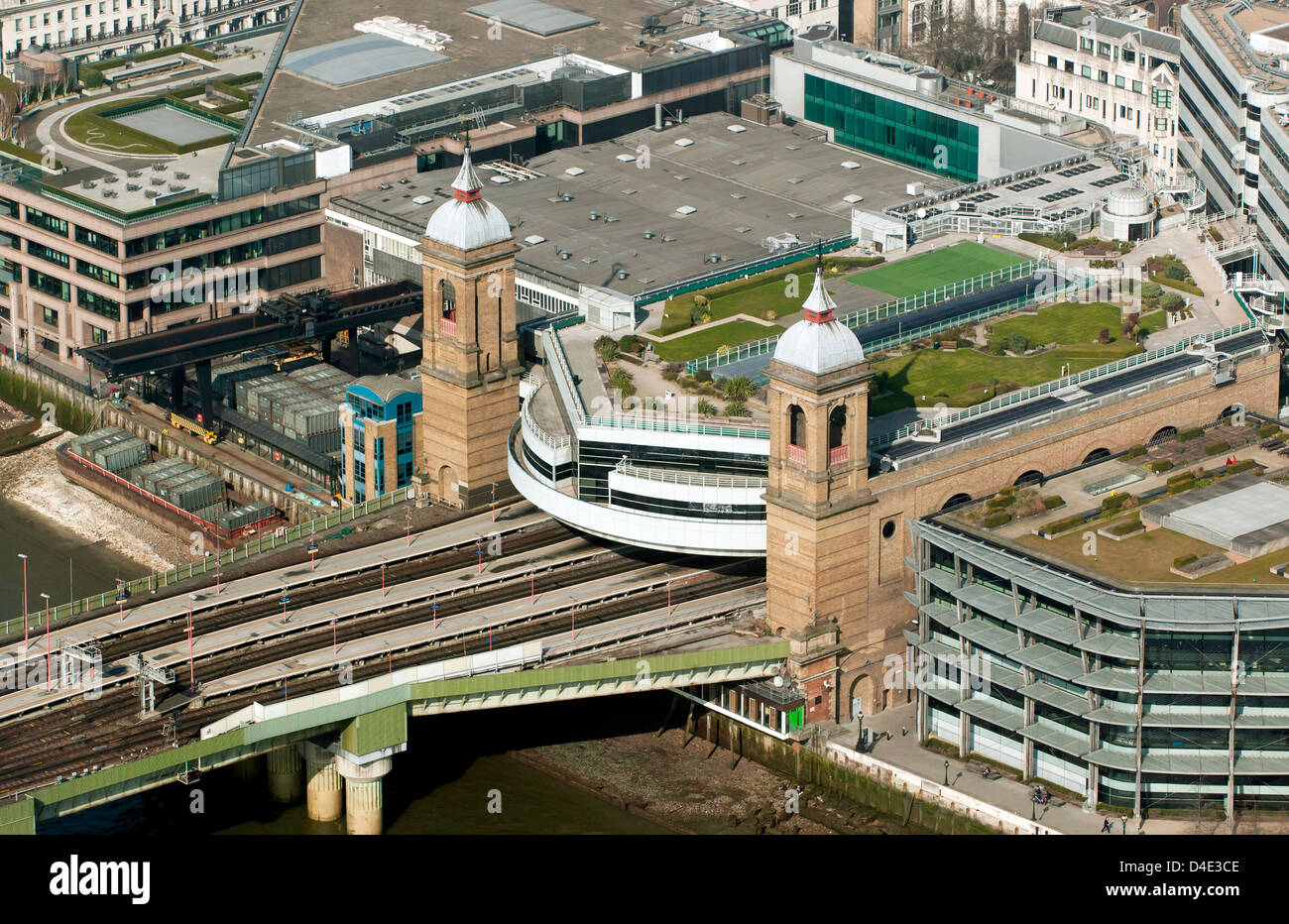 Aerial view of Cannon Street Station on the north bank of the river Thames - Stock Image